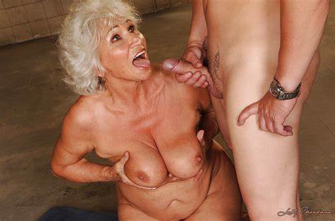 Grandma And Her Vibrator Daddy Nailed Uncensored Sloppy Granny With Flabby Nipples Getting A Small Facial After