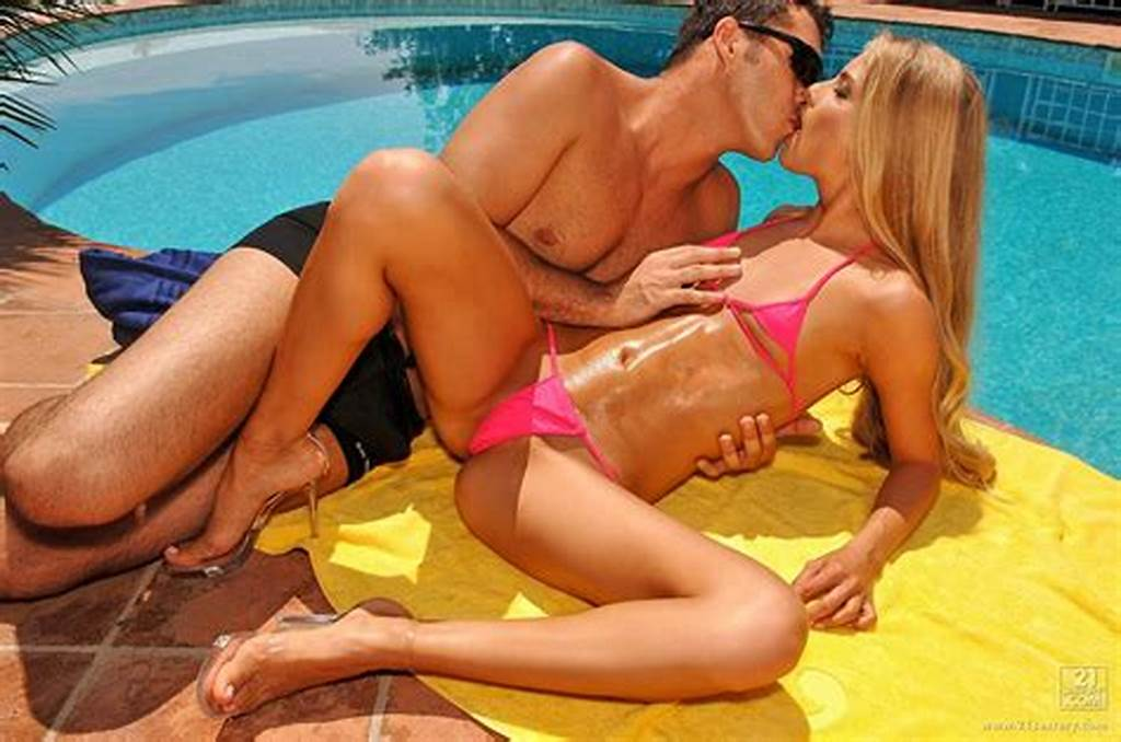 #Cayenne #Klein #Getting #Fucked #Pretty #Hard #Outdoor