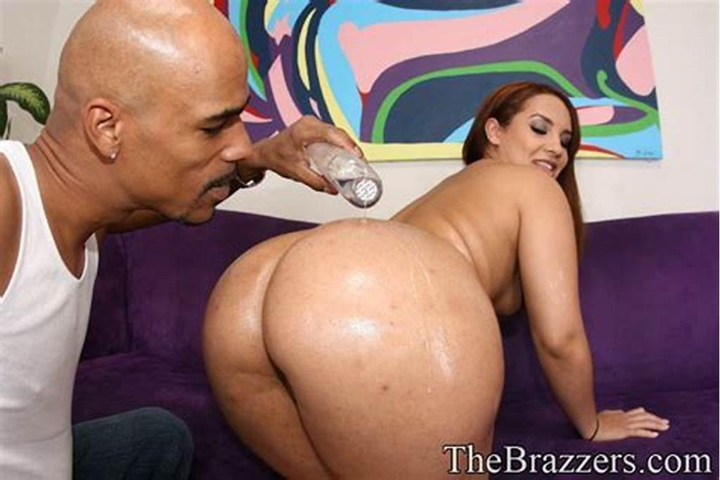 #Latina #With #A #Big #Butt #Victoria #Allure #Gets #Into