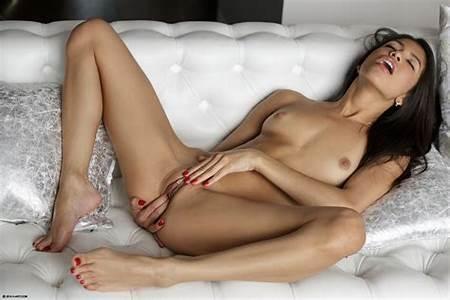 Nude Art Teen Girls