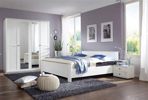 couleur de chambre à coucher adulte dco moderne chambre adulte une peinture blanche pour une