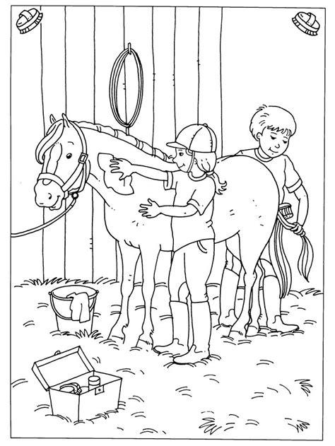 Kleurplateneu meer dan 15000 gratis kleurplaten. paard in stal kleurplaat - 28 afbeeldingen